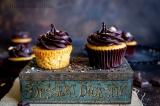 Fluffy Vanille Cupcakes (Eggless en optioneel Vegan)